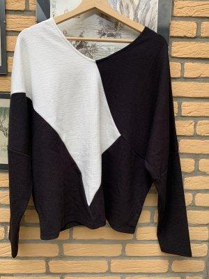 BODY FLIRT Sweter z dekoltem w kształcie litery V czarny-biały