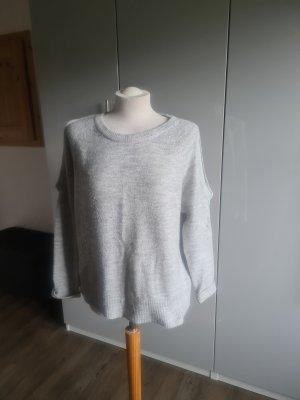 Pull en laine gris clair