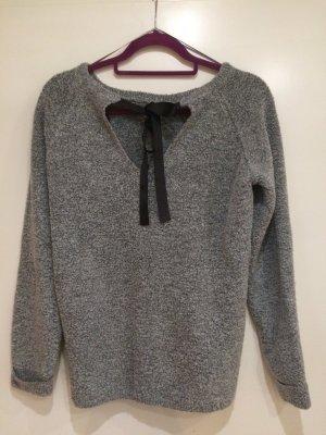 Pullover grau mit Schleife am Rücken, Gr. S, BASICS