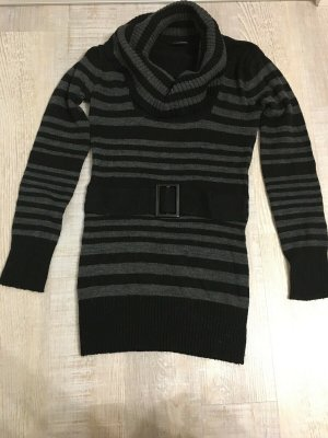 Pullover grau und schwarz gestreift mit Gürtel und Rollkragen