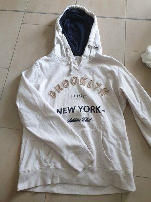 pullover / hoodie