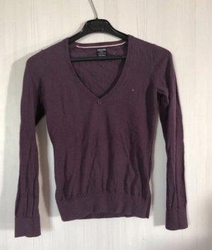 Hilfiger Denim Jersey con cuello de pico violeta oscuro
