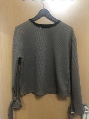 Pullover mit Armdetails