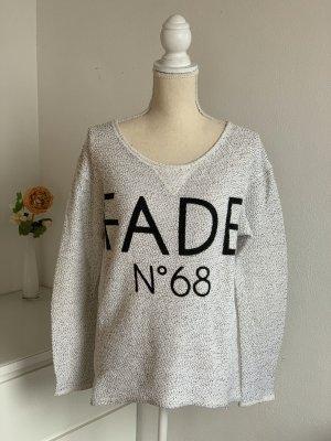 Pullover mit Aufschrift und Glitzerdetails