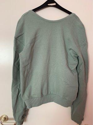 Pullover mit ausgeschnittenem Rücken von NA-KD