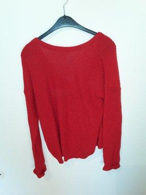 Pullover mit Ausschnitt