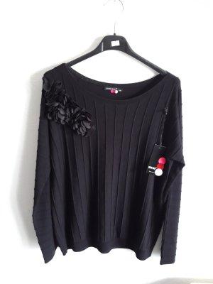 Pullover  mit Blüten