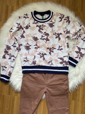 Pullover mit Blumenmuster von Benetton