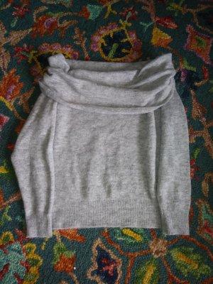 Pullover mit Carmenkragen