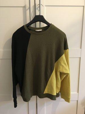 Pullover mit Farbapplikation von Zara, oversize