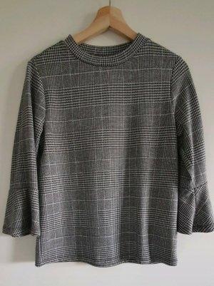 Pullover mit Karo-Muster und Trompetenärmeln