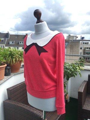 Pullover mit Kragenapplikation