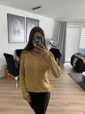 Pullover mit Nieten