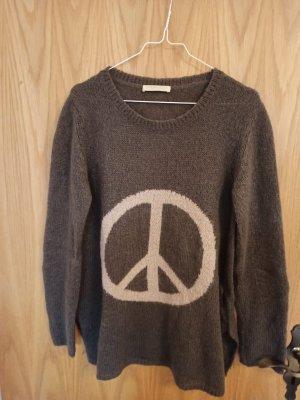 Pullover mit Peace Zeichen