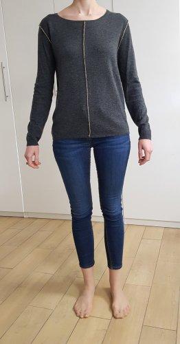 Pullover mit Rücken-Cut-Out