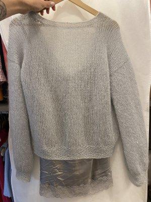 Kaszmirowy sweter jasnoszary