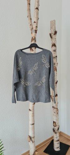 Pullover mit Schmetterlingen Gr. M, L