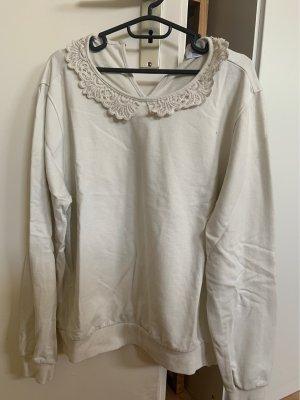 Pullover mit schönem Kragen