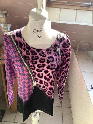 Pullover mit schönem Muster