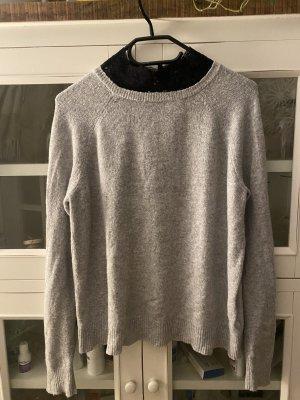 Pullover mit Spitzenkragen zu verkaufen !