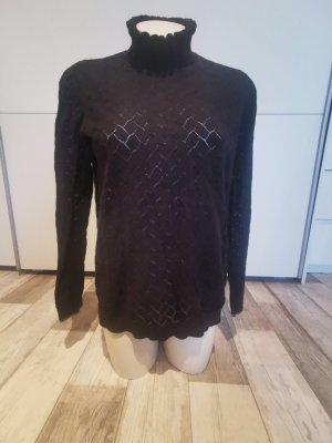 Pullover mit Stehkragen in Häkelopik