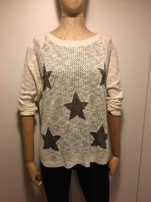 Pullover mit Sternen sucht neue Besitzerin