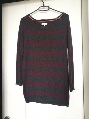 Pullover mit Streifen in Grau und Magenta