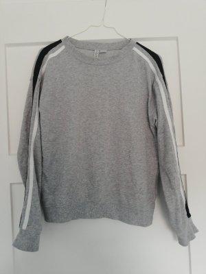 Pullover mit Streifen S