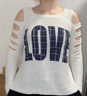 Pullover ripped arms