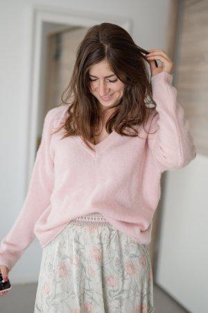 Maglione di lana rosa pallido-rosa chiaro