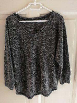 Pullover schwarz weiß gemustert