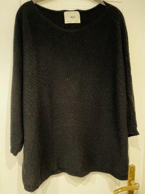 Pullover von B. yu