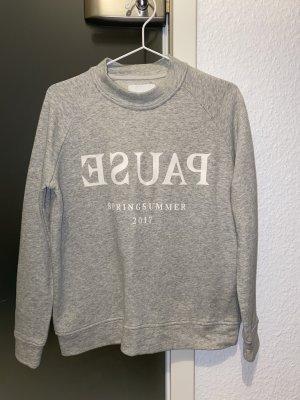 Pullover von Samsoe Samsoe Grau mit Schriftzug