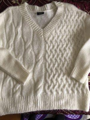 Pullover weiß weich