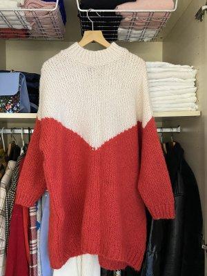 Maglione lungo rosso-bianco sporco