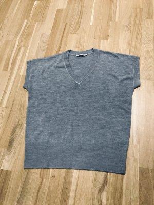 Fine Knitted Cardigan light grey