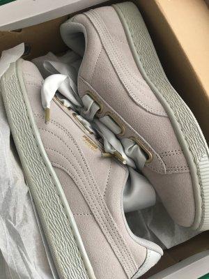 PUMA Basket Heart Sneaker  grau Gr. 38