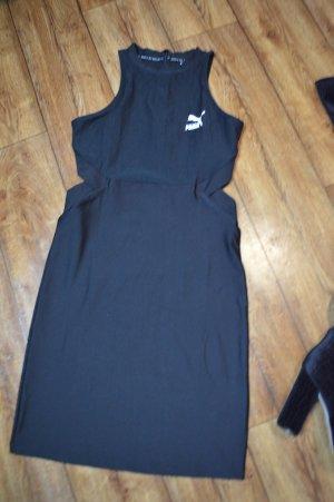Puma  classics figurbetontes Kleid  Schwarz mit Zierausschnitten 38