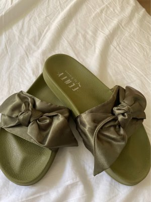 Fenty Puma by Rihanna Chaussons de bain vert olive