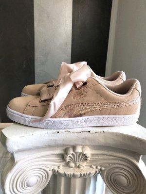 Puma Heart Lunalux Sneaker Gr. 42,5