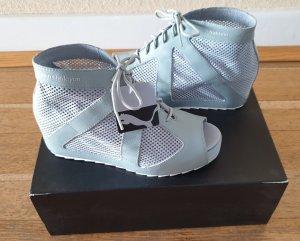 Puma Sneaker con zeppa grigio