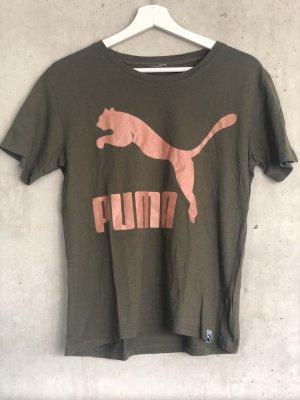 Puma Logo shirt khaki/olivgrün mit rosa Logo