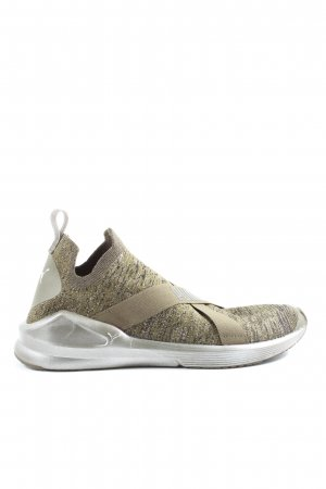 Puma Instapsneakers gestippeld casual uitstraling