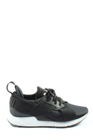Puma Slip-on Sneakers black casual look