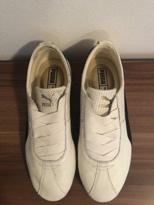 Puma Slip-on Sneakers white