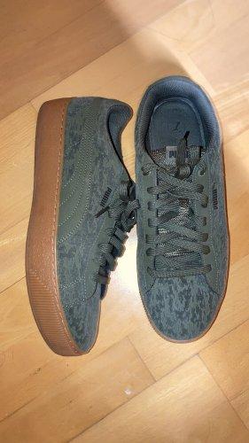 Puma Schuhe Schwarz oder Grün