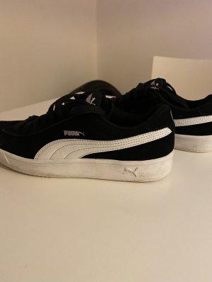 Puma schwarz