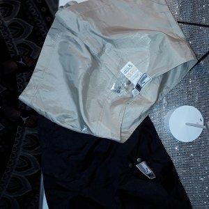 puma shorts 2x beige und schwarz, neuwertig , gr.xs