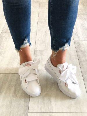 Puma • Sneaker • Basket Heart Leather Gr. 42,5