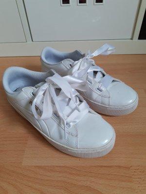 """Puma Sneaker """"Basket Heart Patent wn's"""" mit Satinschleife, 38"""